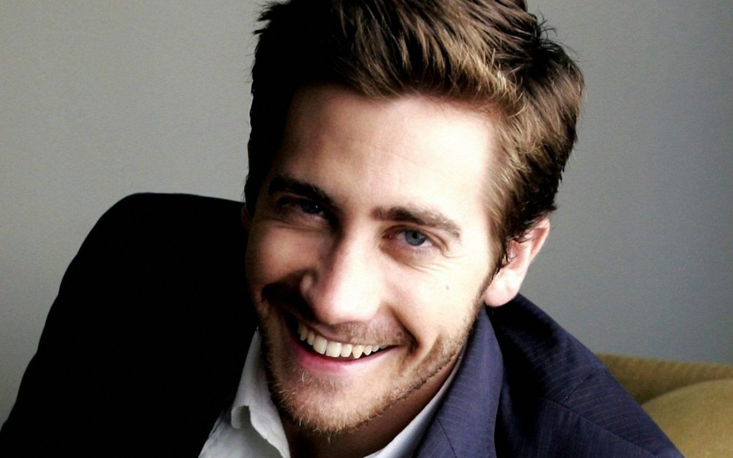 jake-gyllenhaal-smile_107855-1440x900 brothersoft