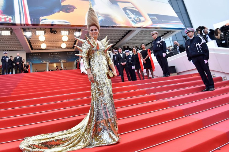 I peggiori vestiti del festival di Cannes 2018 - Elena Lenina