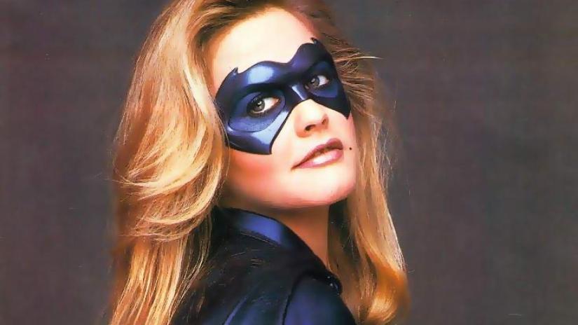 supereroine batgirl alicia silverstone