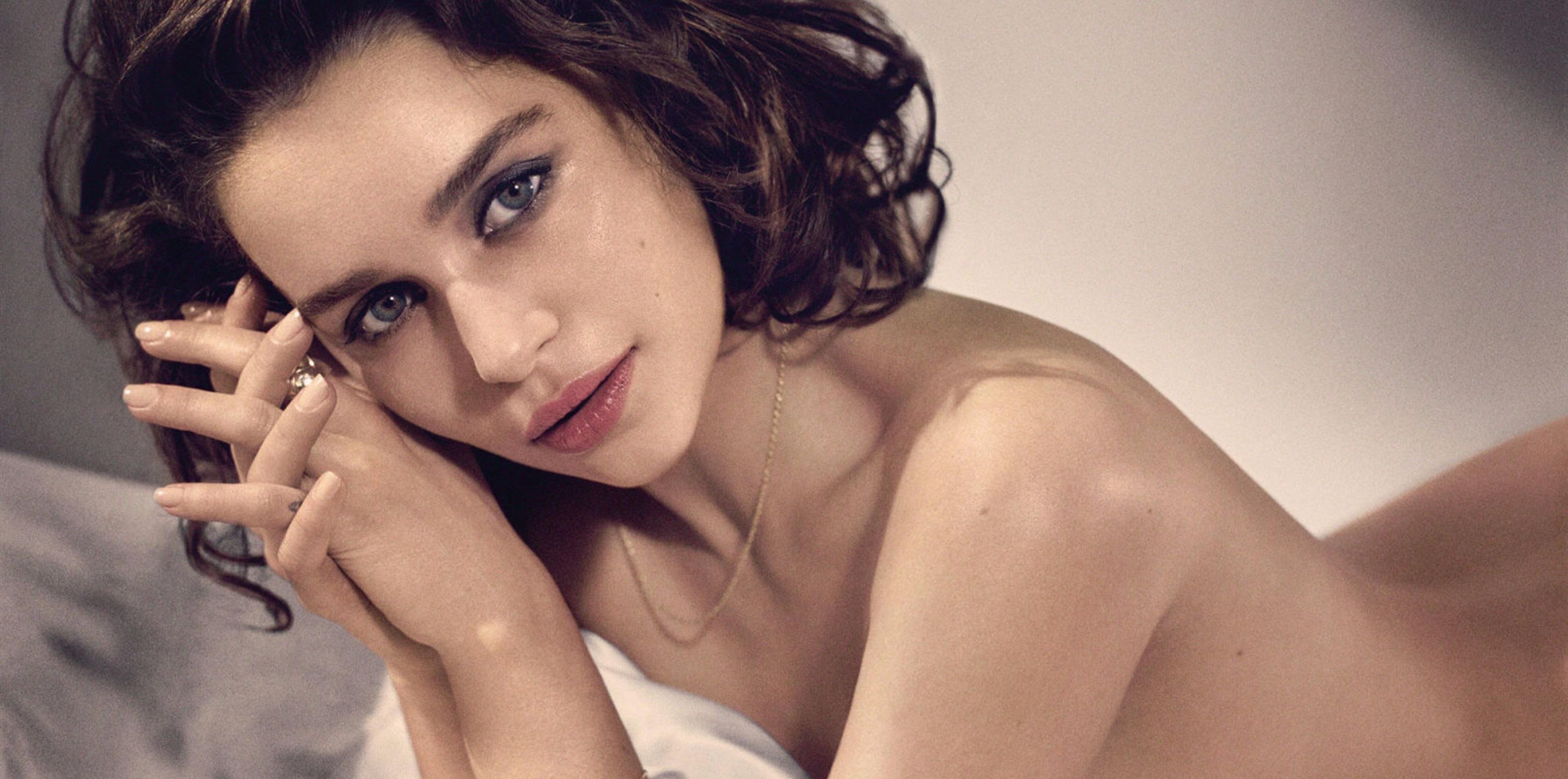 Emilia Clarke - attrici più belle sexy giovani emergenti