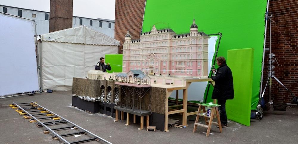 Grand Budapest Hotel cinema film backstage modellino dietro le quinte