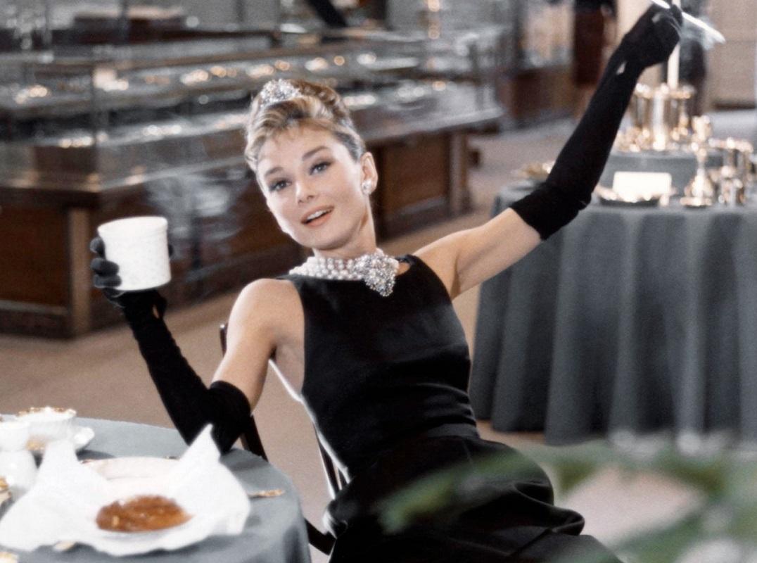 colazione da tiffany film recensione